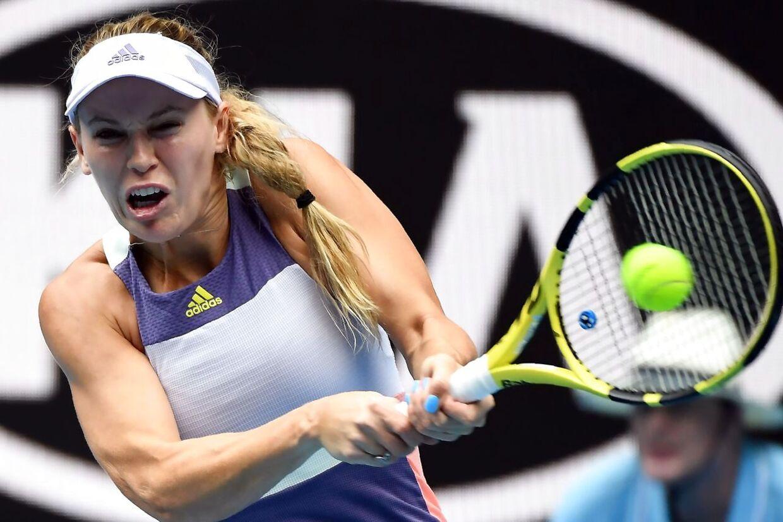 Caroline Wozniacki i aktion ved Australian Open i Melbourne.