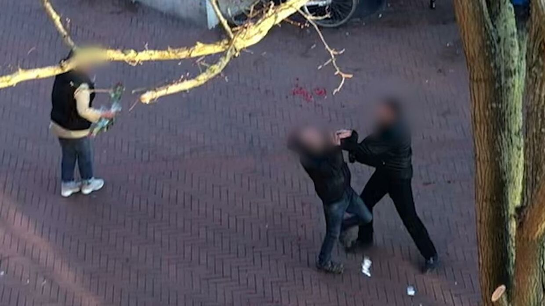 Slagsmål og skænderier på Anker Jørgensens Plads. Billede: Privatfoto