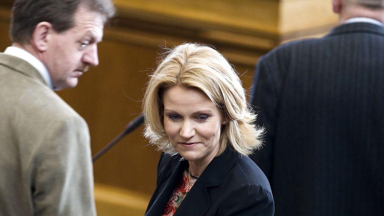 Arkivfoto fra 2010. Socialdemokraternes Helle Thorning-Schmidt og Bjarne Laustsen i Folketinget.