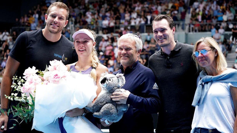 Hele familien var med, da Caroline Wozniacki fredag stoppede karrieren.