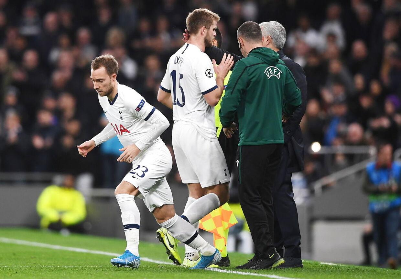 Christian Eriksen bliver skiftet ind i stedet for Eric Dier i Tottenhams hjemmekamp i Champions League mod Olympiakos.