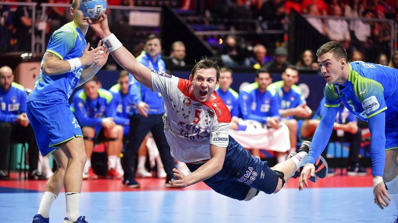Norske eksperter er ikke helt tilfredse med optakten til bronzekampen.