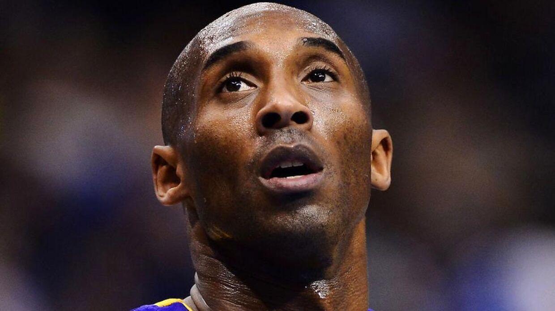 Kobe Bryant blev dræbt i en helikopterulykke søndag.