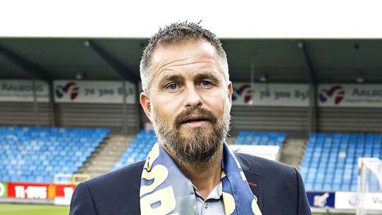 Sportschef Jens Hammer Sørensen har ikke besvaret B.T.s mange opkald.