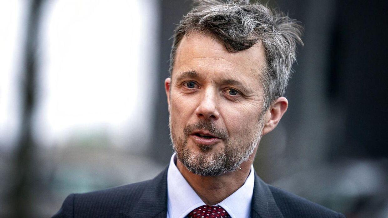 Kronprins Frederik har tidligere sagt, at kritikken af Verbier-hytten »gør indtryk«.