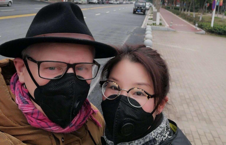 Karsten Dan Andersen og hustruen, Hefang, da de endnu var sammen i Wuhan.