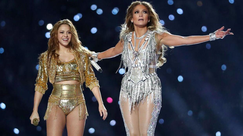 Shakira og Jennifer Lopez under årets half-time-show.