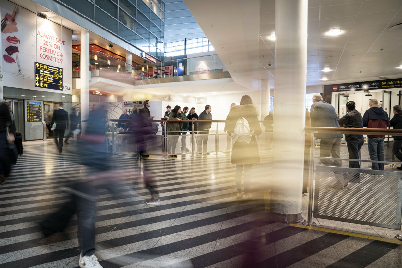 Københavns Lufthavn vil sammen med de andre danske lufthavne med internationale afgange begynde at informere om coronavirusset via plakater og flyers. Niels Christian Vilmann/Ritzau Scanpix
