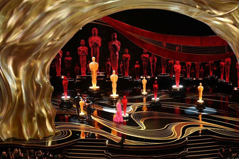 Natten til søndag afholder det amerikanske Academy of Motion Picture Arts and Sciences for 92. gang Oscar-uddelingen. Sådan så det ud, da showet fandt sted i 2019. e