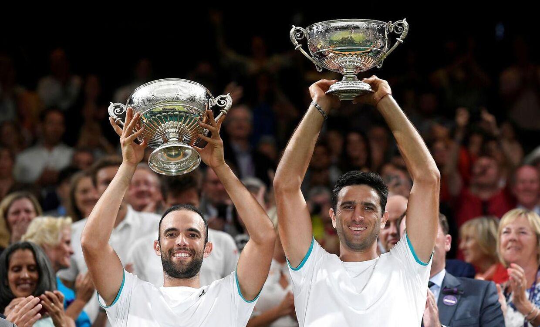 Juan-Sebastian Cabal og Robert Farah under Wimbledon sidste år.