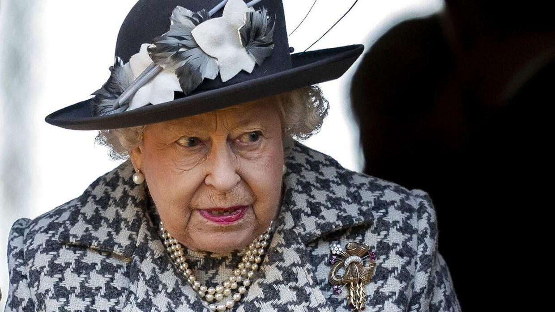 Dronning Elizabeth er ikke tilfreds med med, at barnebarnet skal skilles.