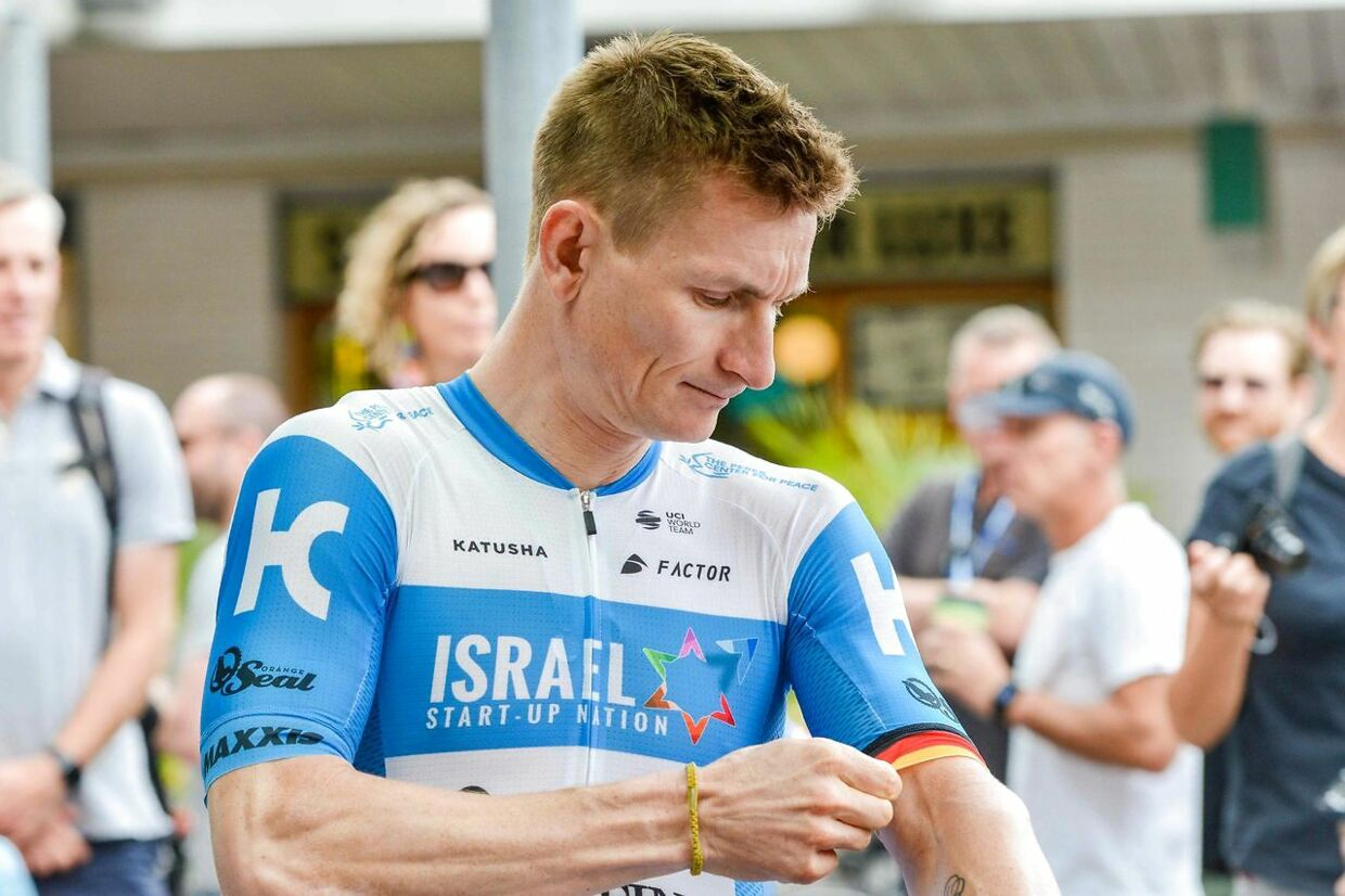 Team Israel Start-Up Nation rider Andre Greipel of Germany prepares for the start of stage four of the Tour Down Under UCI World Tour cycling event near Adelaide, South Australia on January 24, 2020. (Photo by Brenton EDWARDS / AFP) / - - IMAGE RESTRICTED TO EDITORIAL USE - STRICTLY NO COMMERCIAL USE - -