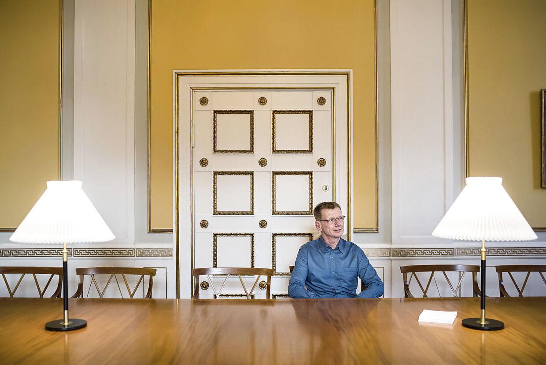 Portræt af Thomas Rørdam, højesteretspræsident. lv om magtens tredeling.