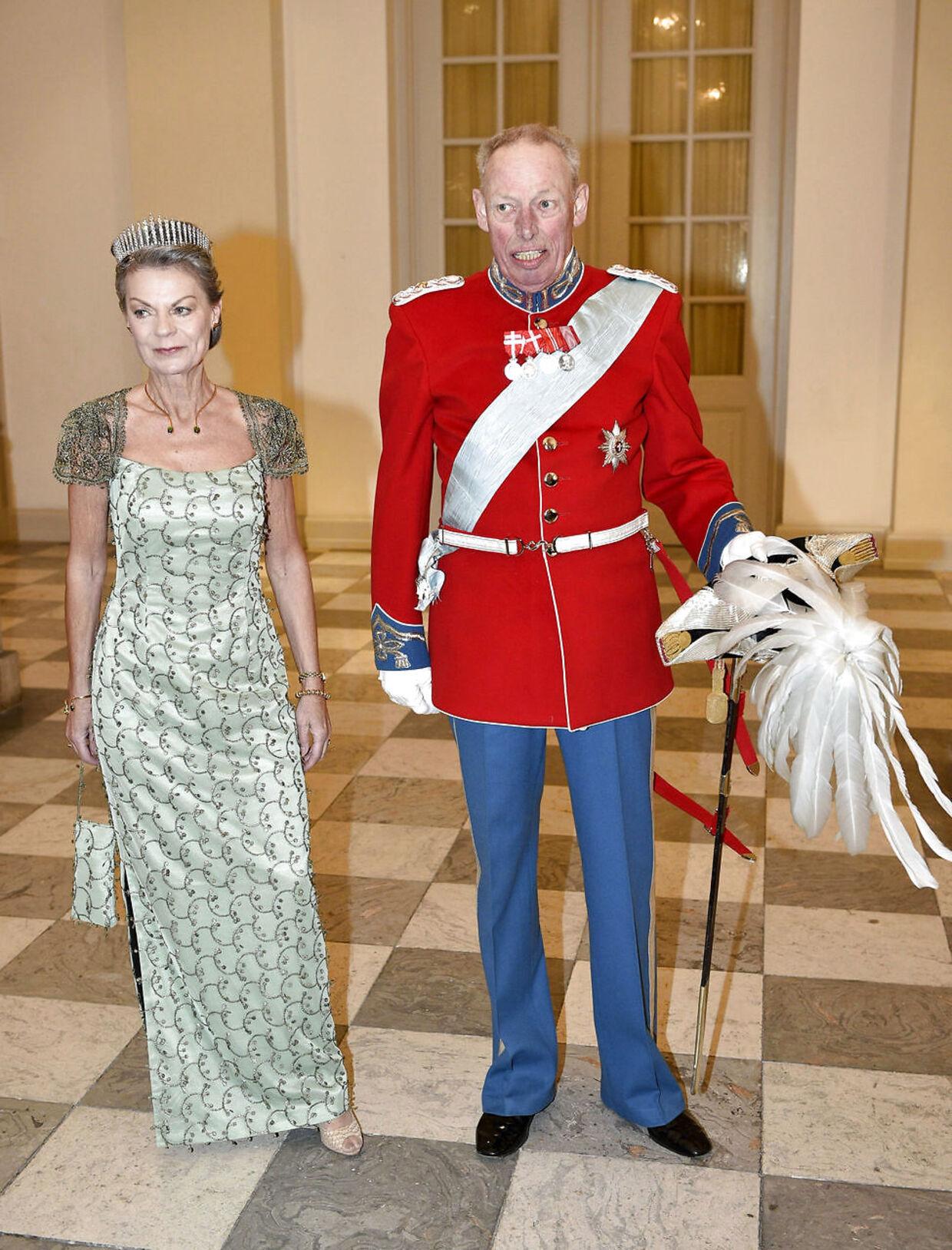 Grev Ingolf med sin kone, grevinde Sussie.