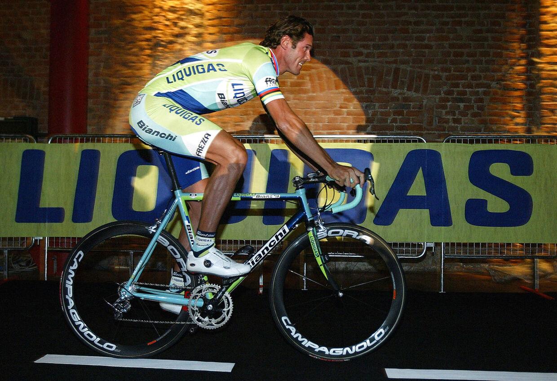 Mario Cipollini har vundet 42 etaper i Giro d'Italia og 12 i Tour de France.