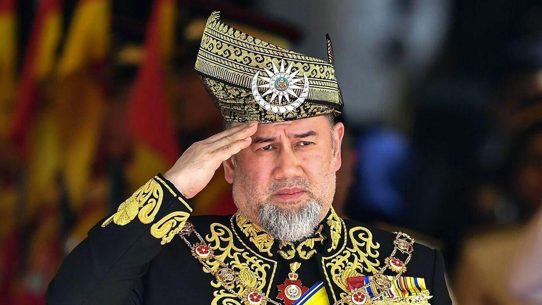 Tidligere konge i Malysia, Sultan Muhammad V, blev gift og siden skilt fra en russisk skønhedsdronning. Nu strides de om penge og et barn. (Arkivfoto)