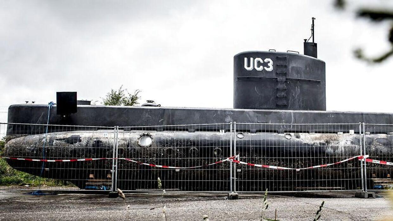 Peter Madsen's ubåd UC3 Nautilus er i politiets varetægt og står bag hegn i Nordhavnen i København mandag den 11. september 2017. Opfinderen Peter Madsen er sigtet i forbindelse med journalisten Kim Walls død. Kim Wall var ombord på ubåden Nautilus sammen med Peter Madsen. Hendes torso blev senere fundet i Køge Bugt.