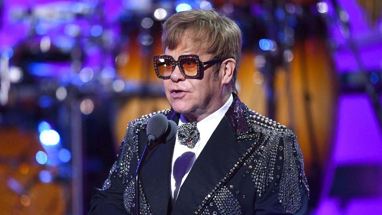 Elton John fotograferet i 2018. I denne uge har han måtte aflyse to koncerter i New Zealand på grund af sygdom. (Arkivfoto)