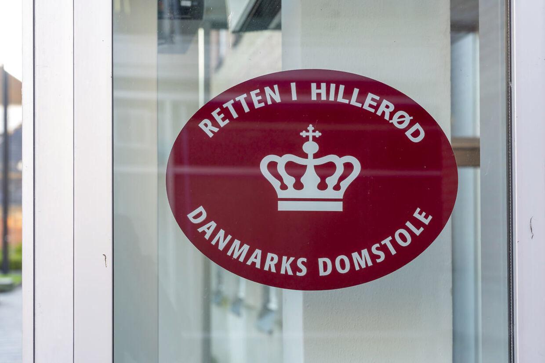 Den 54-årige mor blev fremstillet i grundlovsforhør ved Retten i Hillerød.