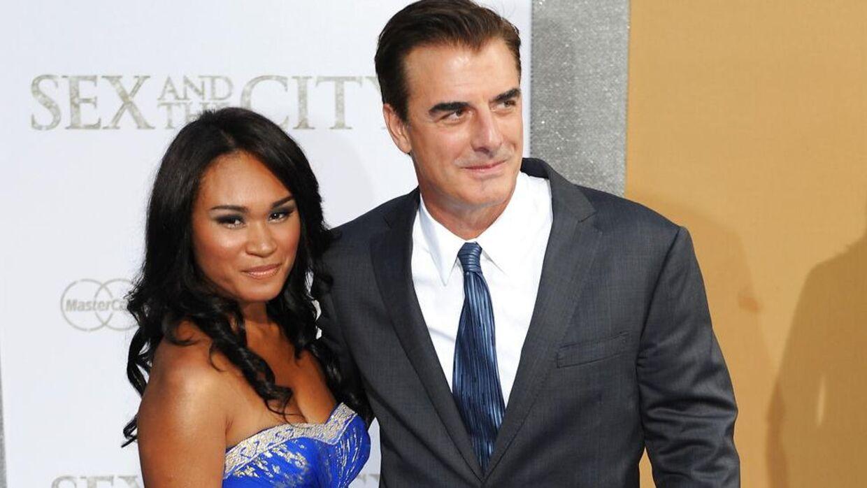 (Arkiv) Chris Noth med sin hustru, Tara Wilson, tilbage i 2010.