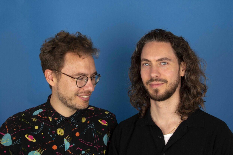 Kasper Lundberg og Frederik Dirks Gotlieb, serieeksperter og værter på »Den sorte boks« på P3