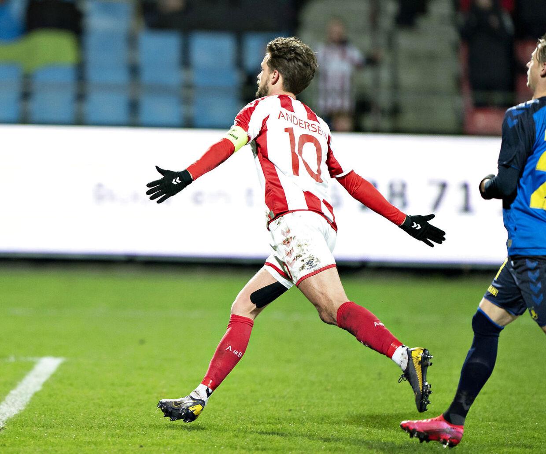 Lucas Andersen scorede sejrsmålet for AaB mod Brøndby, da han scorede på straffespark.