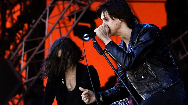 Sådan så det ud, da Julian Casablancas og resten af The Strokes besøgte Roskilde Festival i 2006.