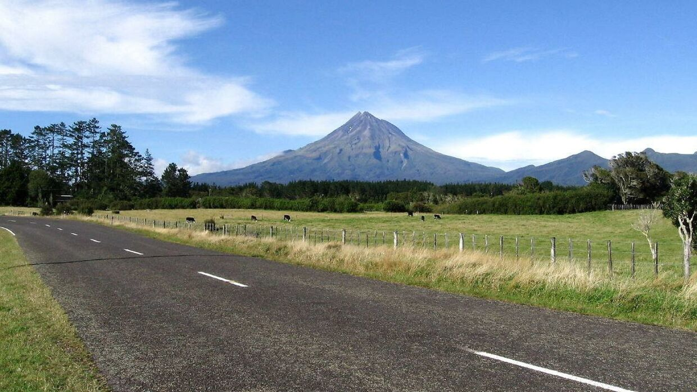 Arkivfoto af en vej i New Zealand.
