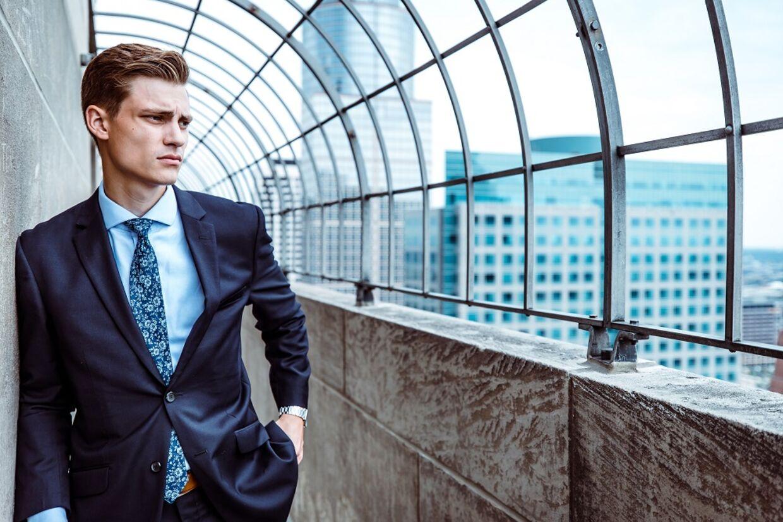 Business-tøj på udsalg: Her er, hvad du skal gå efter