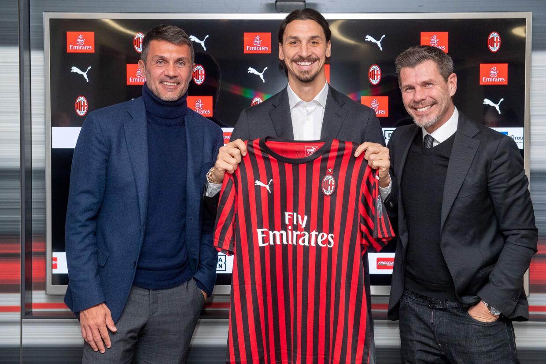 Zvonimir Boban (til højre) er færdig som sportslig ansvarlig i AC Milan. Handout/Reuters