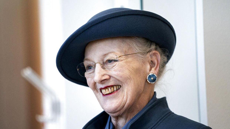 Dronning Margrethe vil blive husket for at tale til danskerne i en krisetid, mener historiker Michael Bregnsbo.