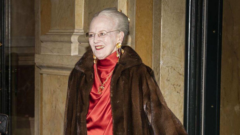 Dronning Margrethes opfordrer danskerne til at følge myndighedernes anvisninger mod coronavirusset.