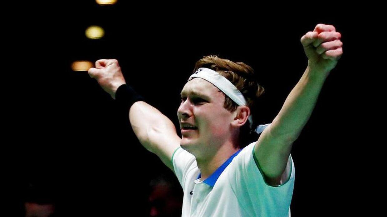 Viktor Axelsen havde svært ved at holde tårene tilbage efter sejren i Birmingham.