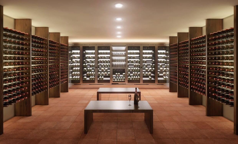 Når man er gået under jorden, er der masser af tid til et glas vin eller 15.000 flasker af den bedste årgang.