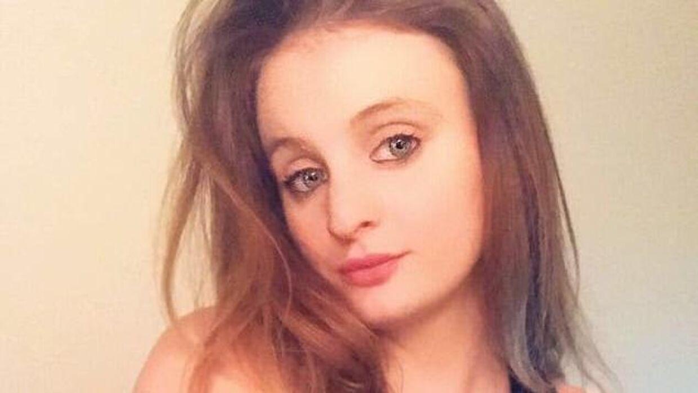 21-årige Chloe Middleton led ikke at nogen kroniske sygdomme og var dermed ikke 'ekstra udsat', men hun er alligevel død af coronavirus. Foto: Privat