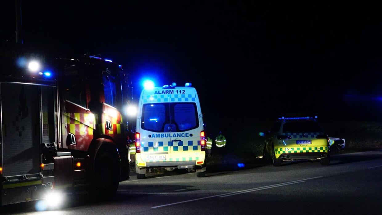 En personbil kørte onsdag aften galt på Gammel Landevej ved Trige uden for Aarhus.