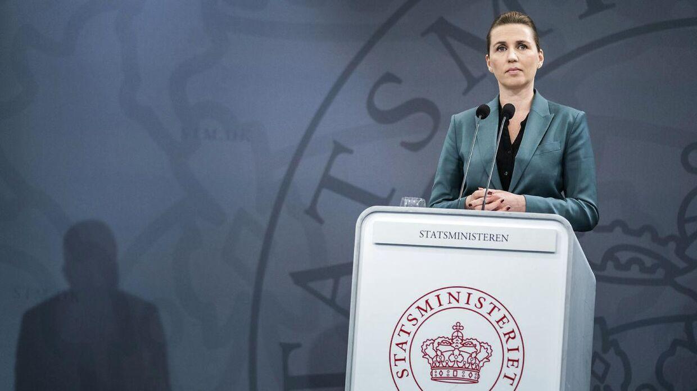 Statsminister Mette Frederiksen udtrykte forsigtigt optimisme på pressemøde om COVID-19 i Danmark, i Spejlsalen i Statsministeriet mandag den 30. marts 2020.