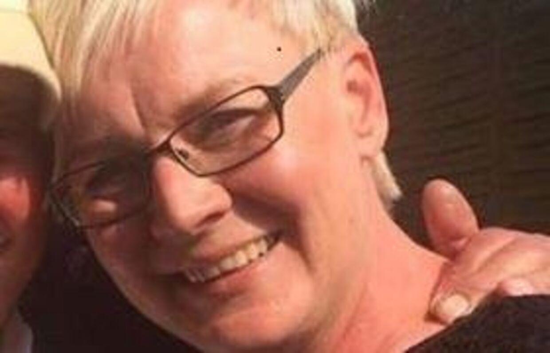 Kasseassisten i SuperBrugsen i Oksbøl Annemette Fast Christensen mener ikke, at det er i orden, at hun og hendes kolleger mister deres fridage i påsken. Det samme mener hendes fagforbund HK.