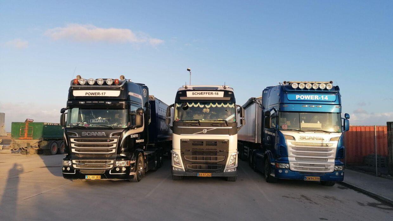 Thomas Andersen bruger mange timer om dagen i en lastbil.