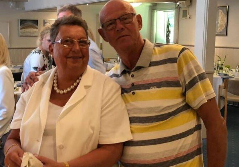 Lisbeth og Peter fotograferet ved parrets guldbryllup. (Privatfoto)