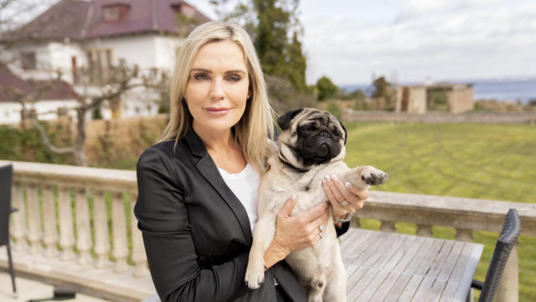 Janni Ree og hunden Cobra.
