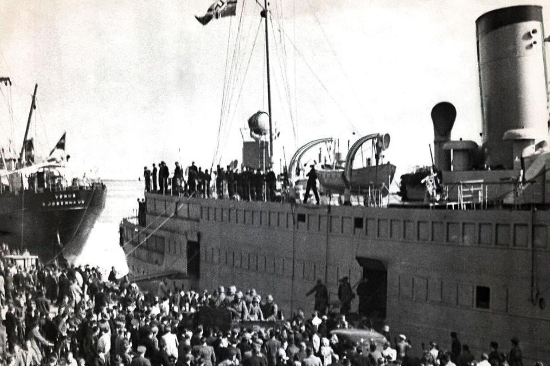 Tyske troppetransportskibe ved Langelinie i København den 9. april.