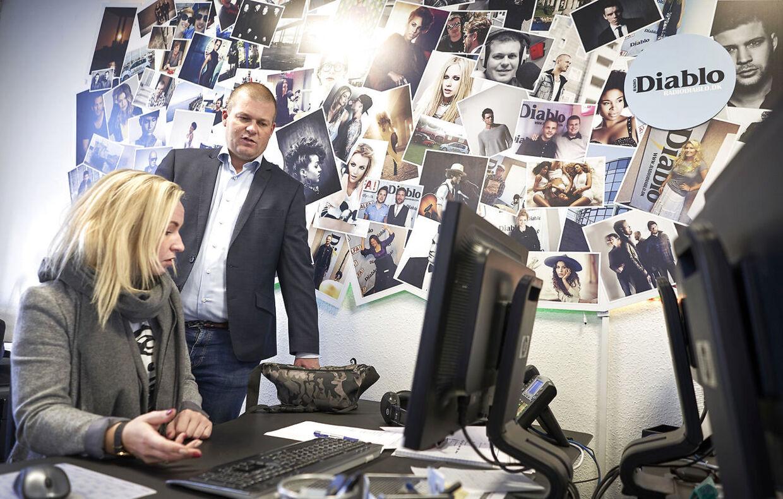 Intiativtageren til Radio LOUD, Martin Brandt Larsen taler med Camilla Holstebro. Martin Brandt Larsen er også bestyrelsesformand for Loud.