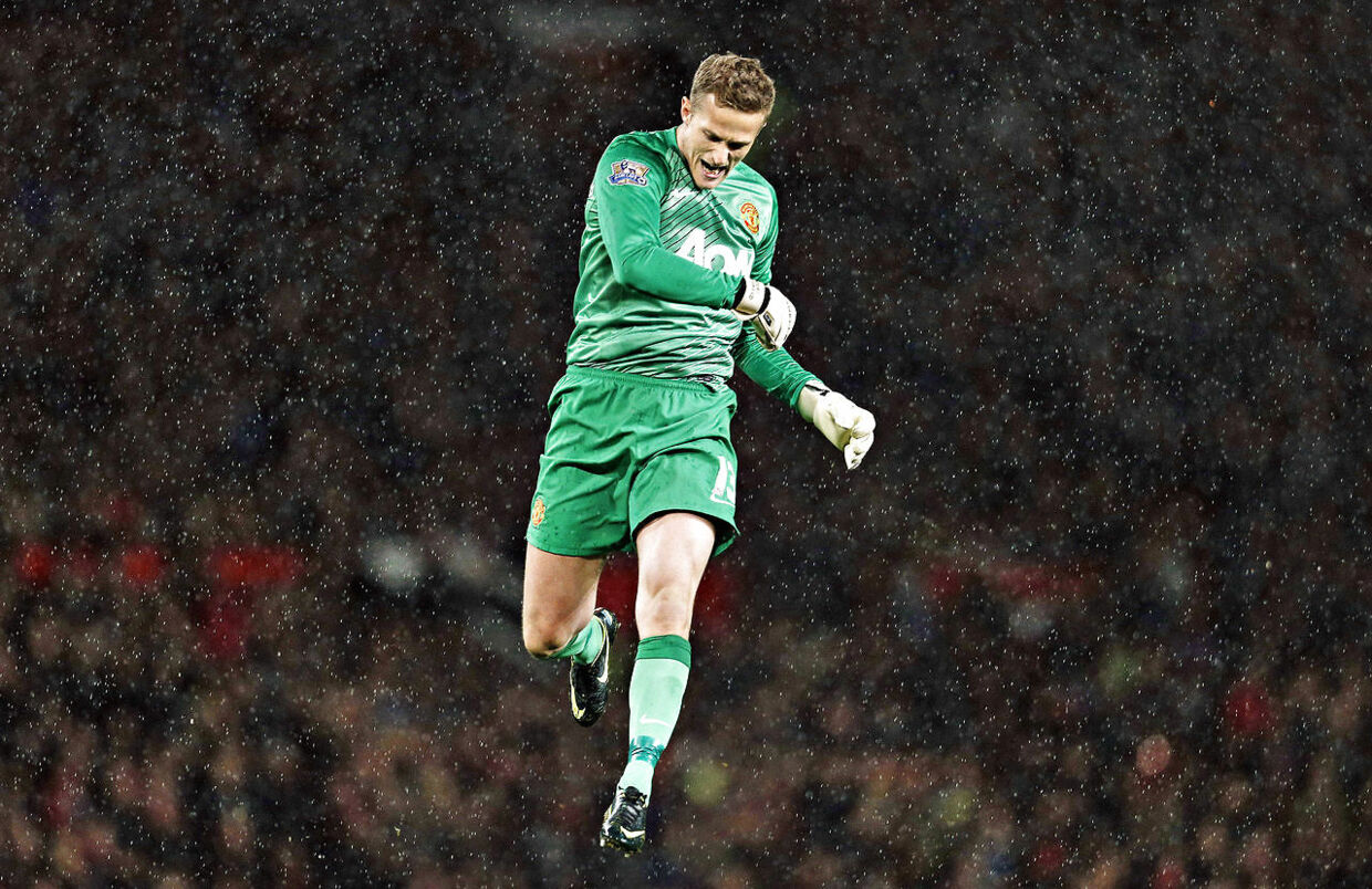 """Anders Lindegaard nåede at spille 29 kampe for Manchester United. Her mod Norwich City i Capital One-Cuppen.Football - Manchester United v Norwich City - Capital One Cup Fourth Round - Old Trafford - 29/10/13 Manchester United's Anders Lindegaard celebrates as his side are awarded a penalty Mandatory Credit: Action Images / Andrew Couldridge Livepic EDITORIAL USE ONLY.No use with unauthorized audio, video, data, fixture lists, club/league logos or """"live"""" services. Online in-match use limited to 45 images, no video emulation.No use in betting, games or single club/league/player publications. Please contact your account representative for further details."""