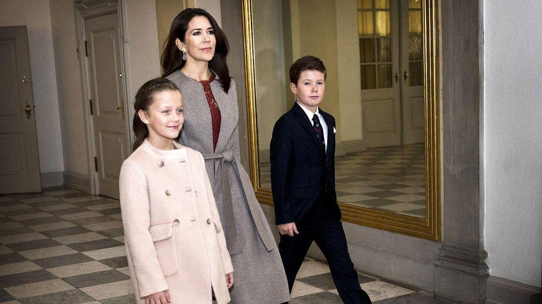 Både prins Christia og prinsesse Isabella er ved at blive forberedt på deres liv som kongelige.