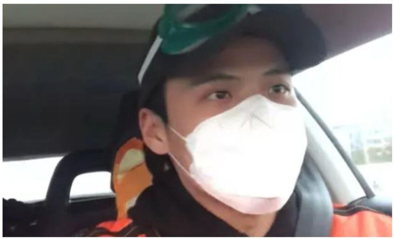 Klip fra en af Li Zehuas videoer. Klip fra You Tube.
