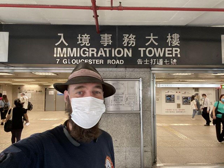 Torbjørn Pedersen har måtte forlænge sit visa for at kunne blive i Hongkong.