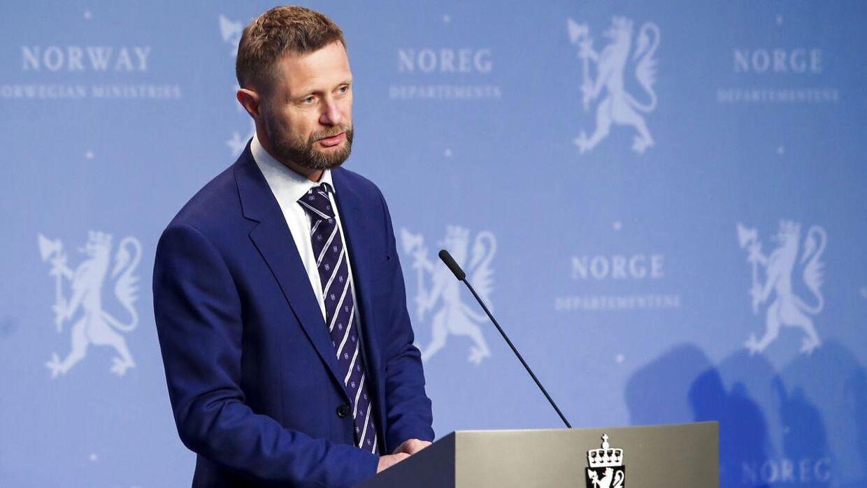 Sundhedsminister Bent Høie takker den norske ungdom. Foto: Terje Bendiksby / NTB scanpix