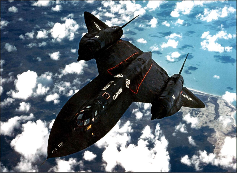 Det spektakulære spionfly fra USA fløj så hurtigt – op til over 3500 km/t. – at mange UFO-indberetninger ifølge amerikanske myndigheder formentlig har drejet sig om det hemmelige overvågningsfly.