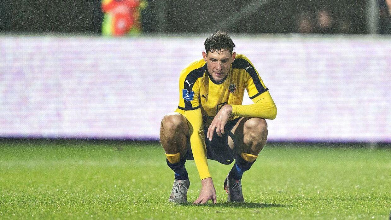 obro-spillerne kan risikere at stå uden arbejdsgiver, hvis ikke Superligaen snart genoptages.